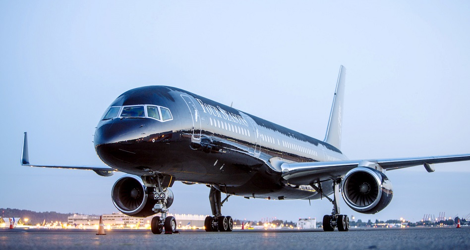 Private jet set