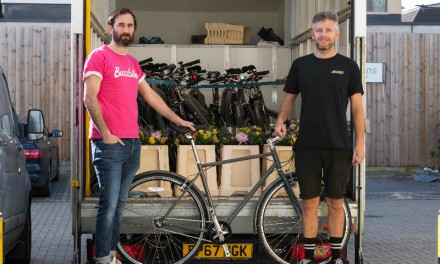 London bike subscription start-up and florist join forces for the NHS
