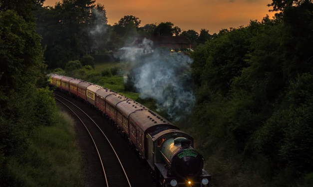 All aboard for vintage dining at sunset